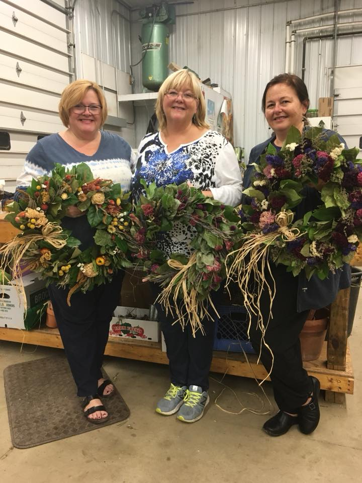 Wreath-Making Workshops at Henry's Gardens